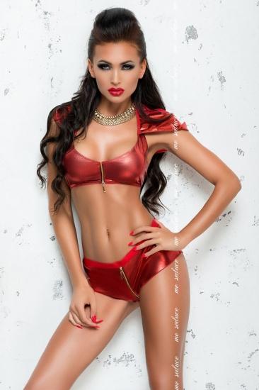 me seduce Yvette Red